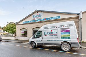 Bastide le Confort Médical Saint-Lô livraison façade magasin enseigne
